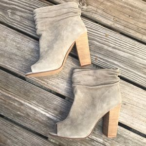 NEW CL by Kristin Cavallari Laurel Suede Bootie